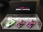 Lot 2 - Coffret 3 voitures miniatures OAK RACING